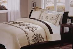 Queen Bedding Set