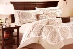 Medallion King Bedding Set